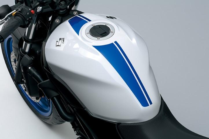 Suzuki SV 650 2016 (4)