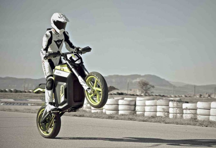 volta electric motorbike 5 circuit wheelie
