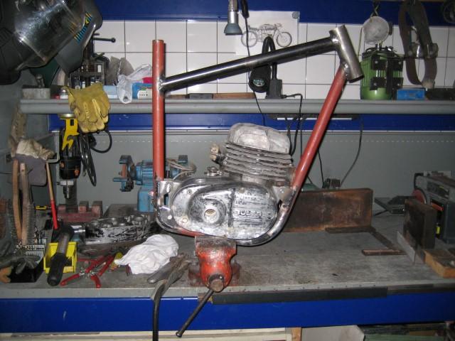 Bultaco TSS 125 part 1 (9)