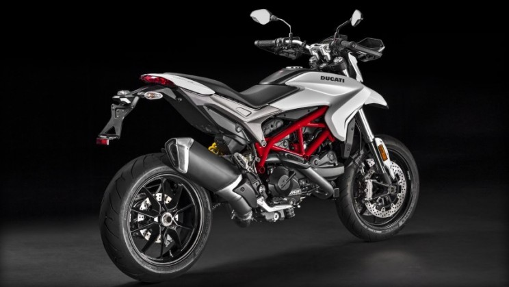 Ducati Hypermotard 939 2016 (10) open house ducati 23 april 2016