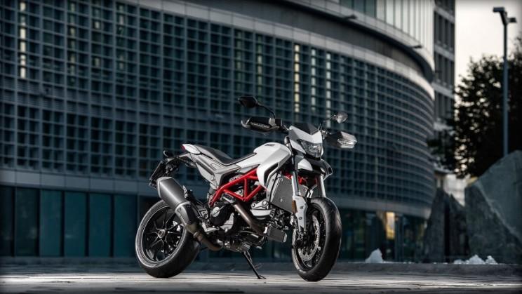 Ducati Hypermotard 939 2016 (2)