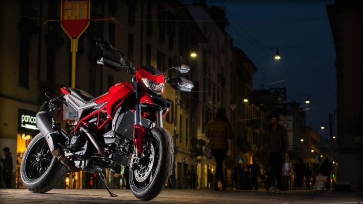 Ducati Hypermotard 939 2016 (3)