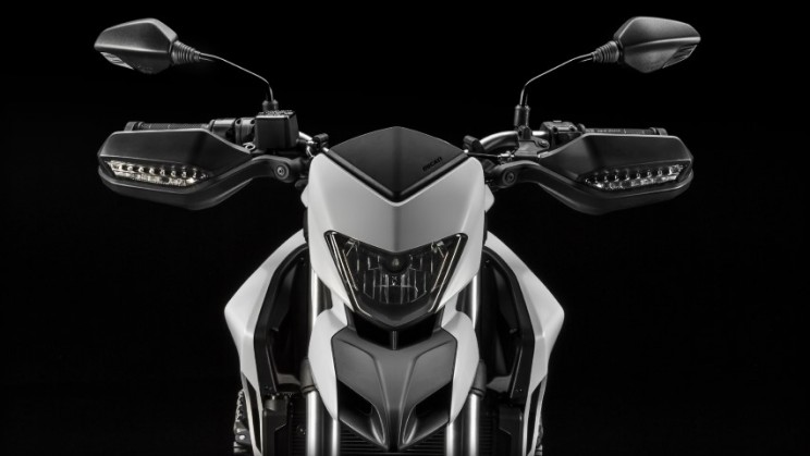 Ducati Hypermotard 939 2016 (8)