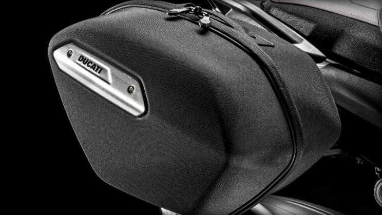 Ducati Hyperstrada 939 2016 (2)