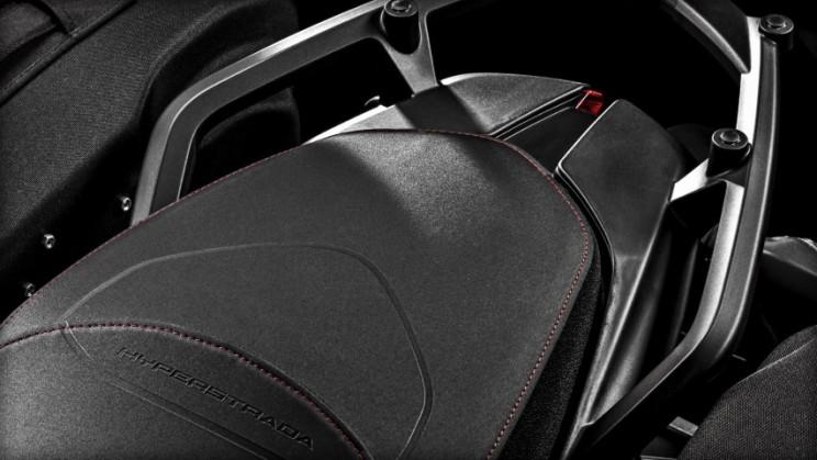 Ducati Hyperstrada 939 2016 (3)