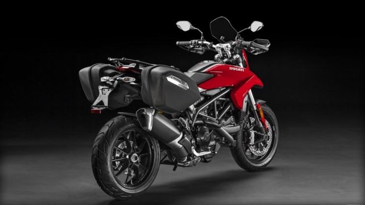 Ducati Hyperstrada 939 2016 (6)