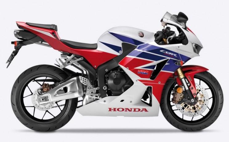 Honda CBR600RR 2016 (1)