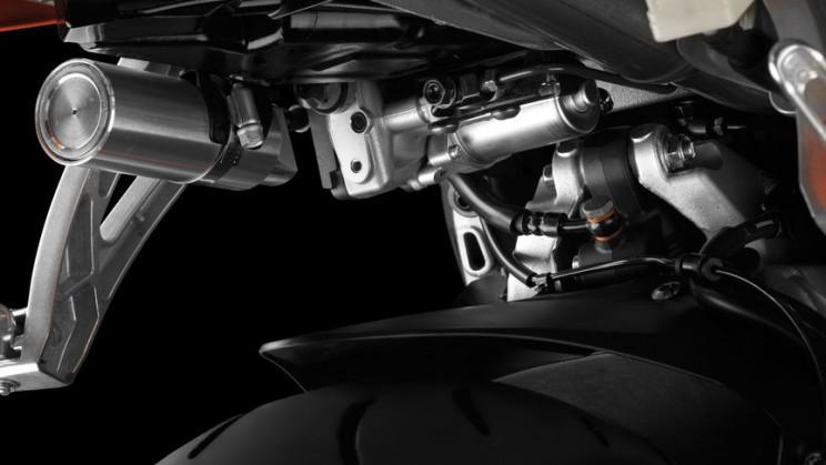Honda CBR600RR 2016 (6)