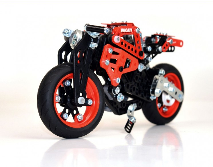 Ducati Monster Meccano (3)