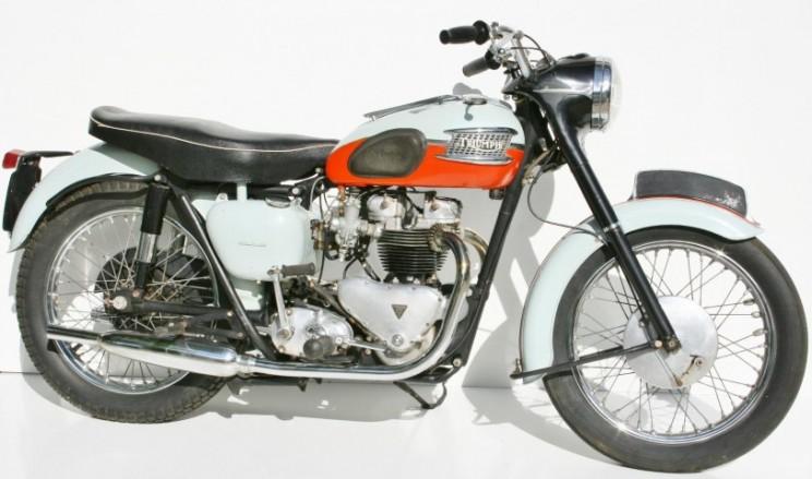 Triumph Bonneville 1959 (2)