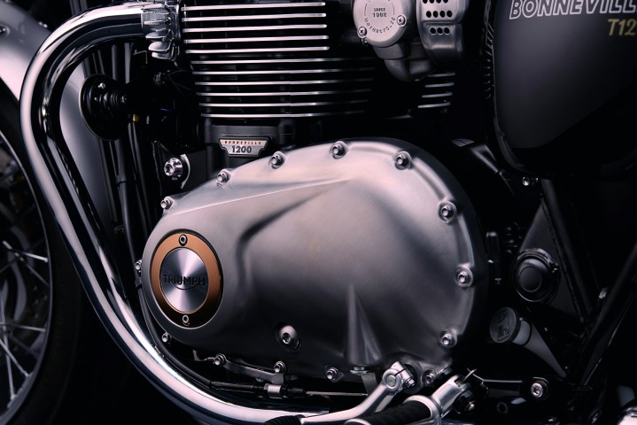 Triumph Bonneville T120 2016 (9)