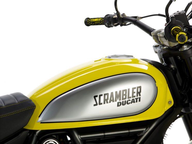 Ducati Scrambler Flat Track Pro bikerbook (4)