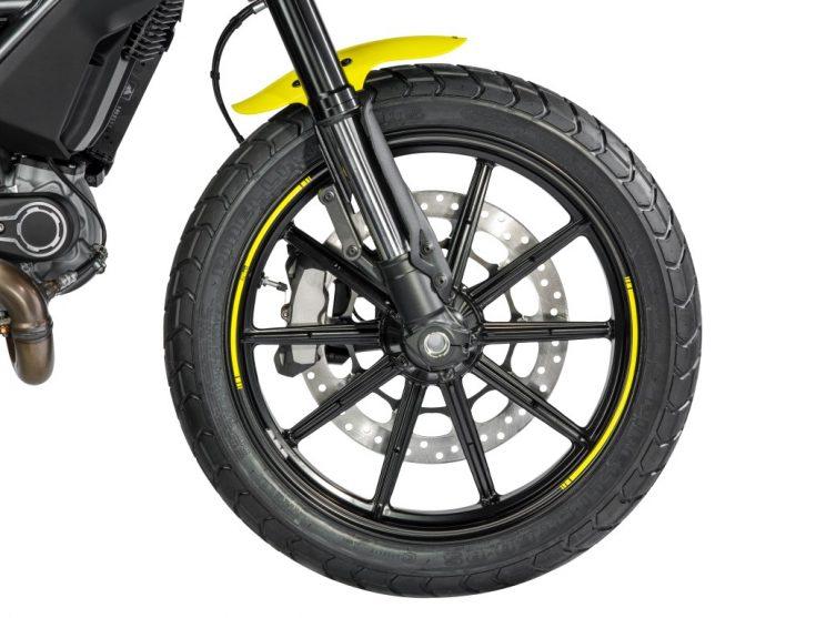 Ducati Scrambler Flat Track Pro bikerbook (6)