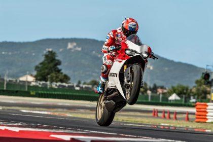 Casy Stoner 1299 Panigale S Anniversario Ducati - Bikerbook (1)