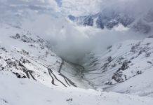 stelvio motorrijden prad sneeuw