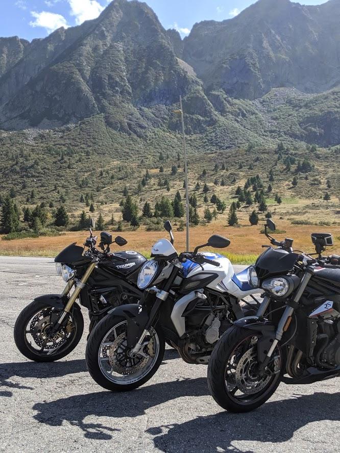Tonale pas motorrijden in italie