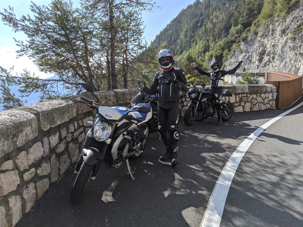 C:\Users\Nick\Desktop\passo mendola motorrijden bikerbook 4.jpg